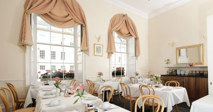 breakfast room at the Edgar Townhouse in Bath