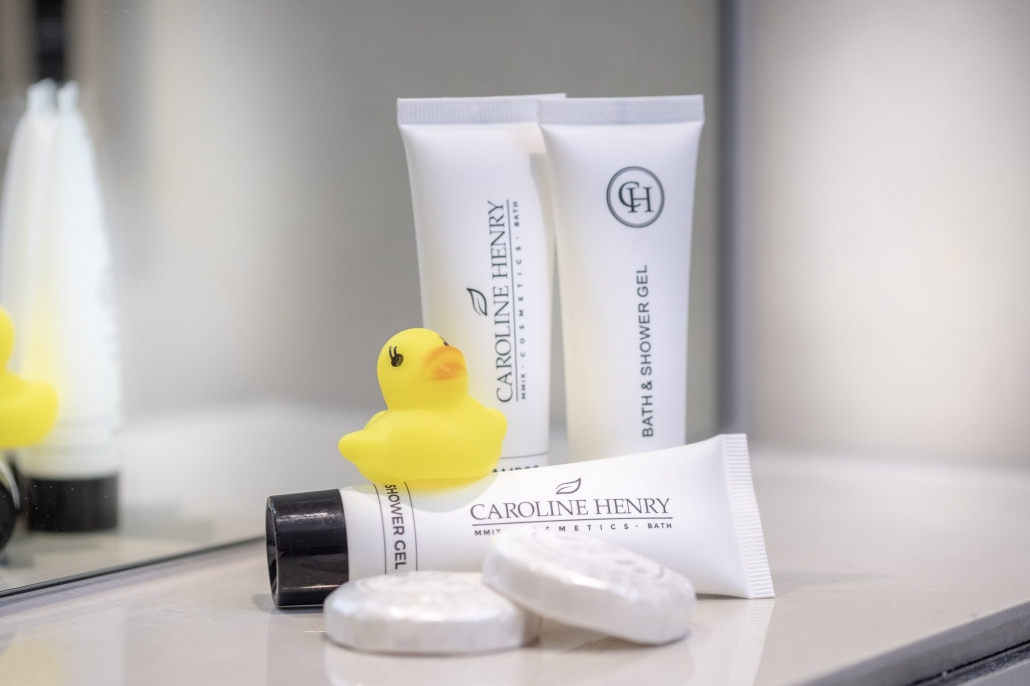 rubber duck and toiletries at the Edgar Townhouse in Bath