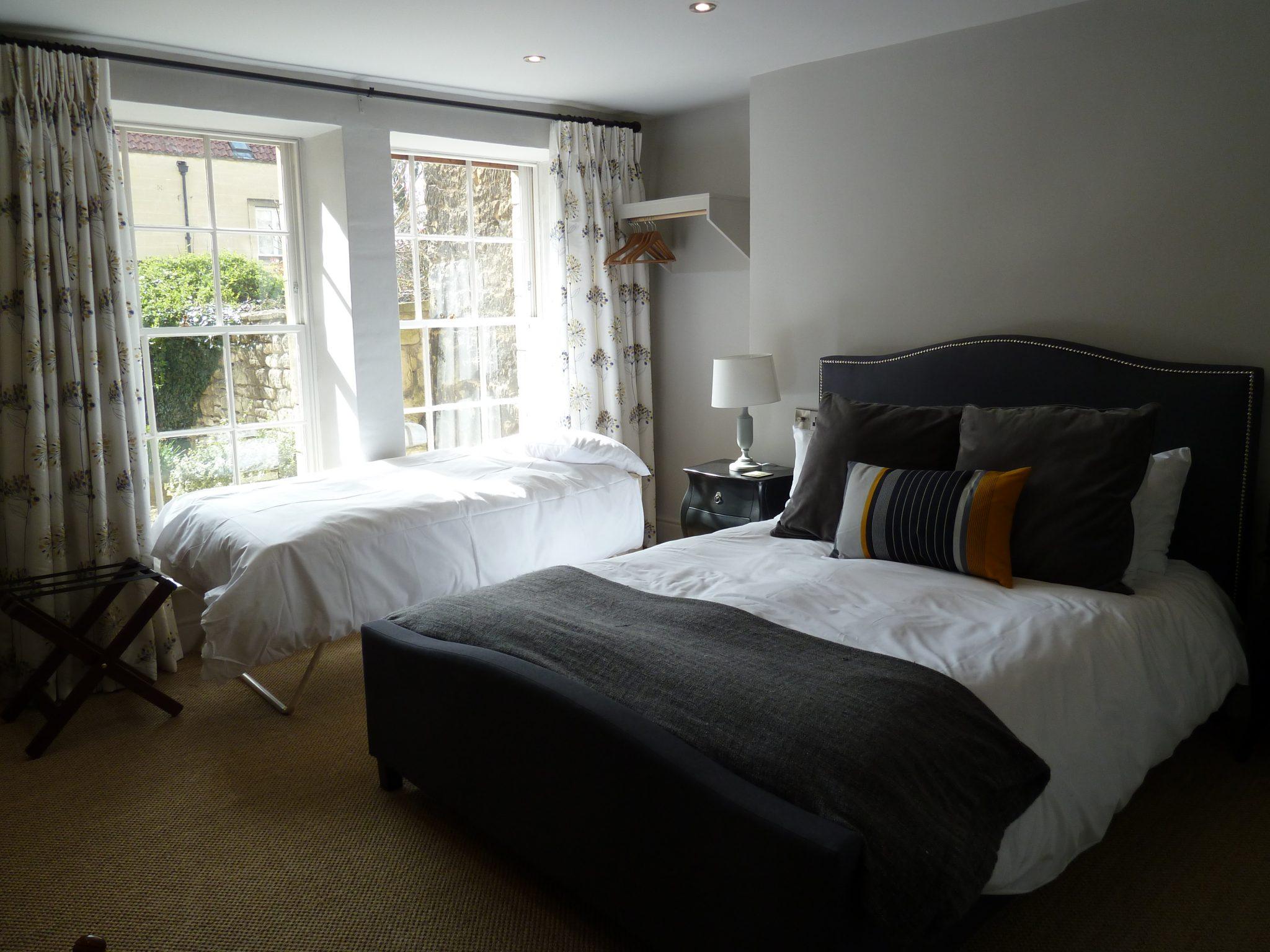 A Triple room at the Edgar Townhouse in Bath